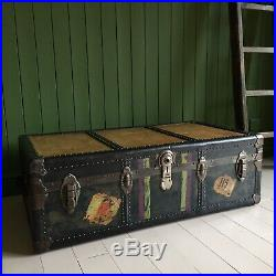 ANTIQUE STEAMER TRUNK Vintage Travel TRUNK Coffee TABLE 1930's Storage CHEST BOX