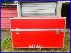 Large Trucker Road Trunk Flight transport storage DJ Case box wheels Dividers